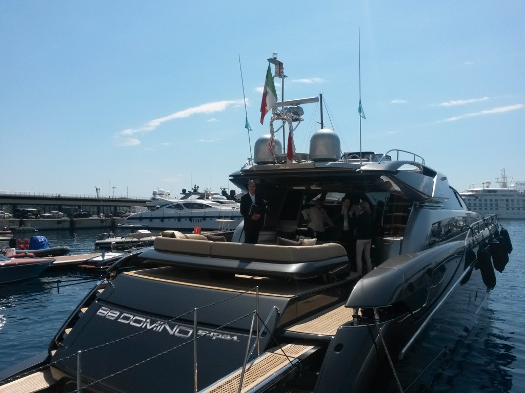 Shades Of Grey For The New Riva 88 Domino Super