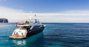 princess yachts 30m-exterior-blue-hull-22