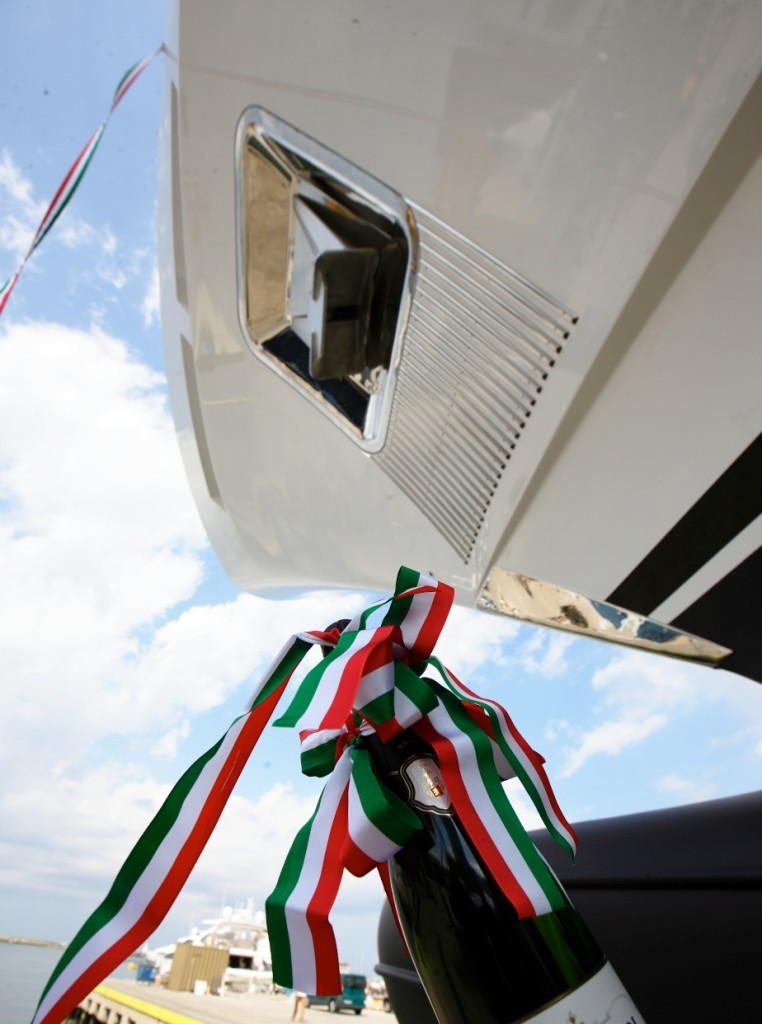 benetti-bm002-mediterraneo-116_launch-1