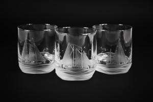 glasses-with-sailing-boat-fileminimizer